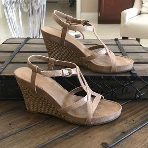 Aerosoles Tan Wedge Sandal